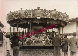 REAL Photo  Forain, Carrousel, Foire, CHEVALS, 178X128MM - Lugares