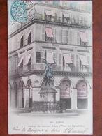 75 - PARIS - Statue De Jeanne D'Arc - Place Des Pyramides. (Hôtel REGINA - 1er Arrondissement) - Cafés, Hoteles, Restaurantes