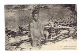 CPA INDOCHINE  - 1904 - PECHEUR DE CREVETTES - Cartes Postales