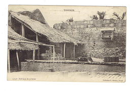 CPA INDOCHINE  - 1904 - FABRIQUE DE POTERIES - Cartes Postales