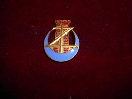 INSIGNE  4 RGT DE ZOUAVES FAB AB - Army
