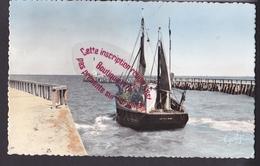 Q0934 - GRANDCAMP Les BAINS Sortie Du Port - Calvados - Other Municipalities