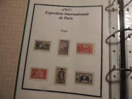 *AFFAIRE * COLONIES FRANCAISE   BELLE PRESENTATION NEUFS TIMBRES  BLOCS ETAT PARFAIT    FEUILLETS EXPO 1937    32PHOTOS - Timbres