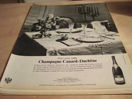 ANCIENNE PUBLICITE CHAUSSURE UNIC HOMME 1965 - Affiches
