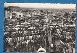 PARTHENAY Marché Aux Bestiaux Cp Années 60 70 (très Très Bon état) Mi 2508 - Parthenay