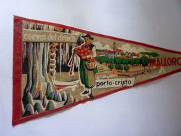 """Gagliardetto """"CUEVAS DEL DRACH PORTO CRISTO"""" Anni ' 50 - Publicité"""