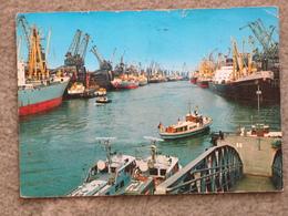 BREMEN UBERSEEHAFEN - Tugboats