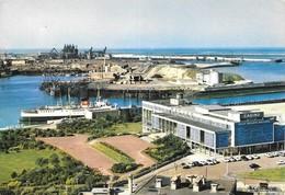 62 Boulogne Sur Mer Le Casino De La Plage Et Le Chenal (2 Scans) - Boulogne Sur Mer