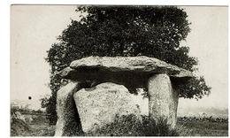 SAUMUR - Le Petit Dolmen De Bagneux - Saumur