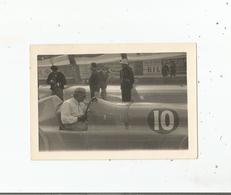 PERPIGNAN LES PLATANES (66) CIRCUIT DU GRAND PRIX DE ROUSSILLON 1947 PHOTO DU PILOTE PHILIPPE ETANCELIN SUR DELAGE 3000 - Lieux