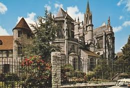60 Senlis Le Chevet De La Cathédrale Notre Dame (2 Scans) - Senlis