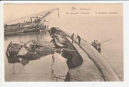 Zeebrugge - Un Draguer Retourne - Zeebrugge
