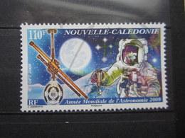 VEND BEAU TIMBRE DE NOUVELLE-CALEDONIE N° 1073 , XX !!! (b) - Nueva Caledonia
