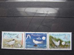 VEND BEAUX TIMBRES DE NOUVELLE-CALEDONIE N° 1066 - 1068 , XX !!! - Nueva Caledonia