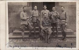 CP Photo 14-18 Un Groupe De Soldats, Cordonnier, Croix De Guerre (A206, Ww1, Wk 1) - Guerra 1914-18