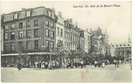 COURTRAI - Un Coin De La Grand 'Place - Kortrijk