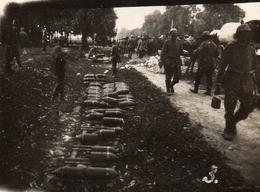 PHOTO ALLEMANDE - LITHUANIA LITUANIE - SOLDATS ALLEMANDS A L'ENTRÉE DE KOWNO - KAUNAS - GUERRE 1914 1918 - 1914-18