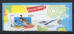 RC 11795 FRANCE N° 271 WARNER BROS DESSINS ANIMÉS AUTOADHÉSIF COTE 8,00€ TB - Adhésifs (autocollants)
