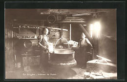 AK En Gruyere, Interieur De Chalet, Schweizer Käseherstellung - Elevage