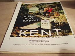 ANCIENNE PUBLICITE UN FILTRE DU GOUT QUEL PLAISIR CIGARETTE KENT 1965 - Tabac (objets Liés)