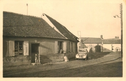 Blainville - Carte Photo - Une Rue Du Vilage - Automobile CIROEN 2cv - Animation - France