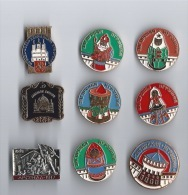 Lot  9 Epinglettes RUSSIE - Pin's & Anstecknadeln