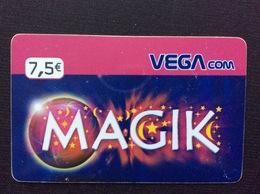 CARTE PRÉPAYÉE   VEGA Com  *7,5€  Magik  1373 - Autres Prépayées