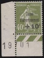 France  .  Yvert    .     275   ( 2 Scans )    .     *     .      Neuf  Avec  Charniere    .   /   .   Mint-hinged - France