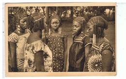 CPA-AFRIQUE EQUATORIALE FRANCAISE-OUBANGUI-CHARI-LES 5 FILLES DU SULTAN DE RAFAÏ- - Ansichtskarten