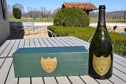 Bouteille Don Perrignon 1980 Avec Son Coffret - Champagne & Sparkling Wine