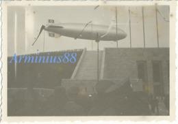 Deutsche Luftschiff - LZ 129 Hindenburg - Reichssportfeld - West-Tor - Berlin, 1936 - Aviation