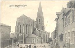 Nantes - La Rue Etienne-Dolet Et L'abside De L'église St-Clair - Nantes
