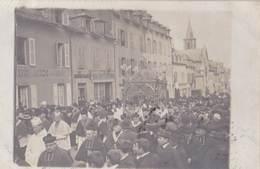 Carte Photo : Rodez (12)  Procession Rue Béteille     Hotel Du Midi , .... 1906 - Places