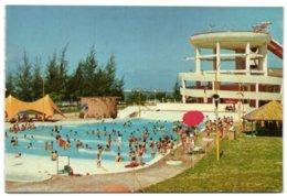 Singapore - The Big Splash - Latest Swimmingpool At Katong - Singapour