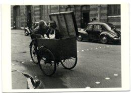 Kiss - 1950 Photograph By Robert Doisneau - Illustrateurs & Photographes