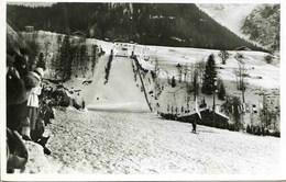 11609 - Hte Savoie -  CHAMONIX   :  LE TREMPLIN OLYMPIQUE  J.O.  De  1924   Belle Animation     Circulée En 1928 - Chamonix-Mont-Blanc