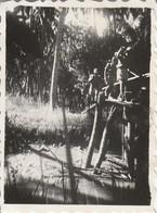 Photo Militaire : Vietnam : Ile De Beutré : Un Pont : 1947 : ( 6cm X 4,3cm ) - War, Military