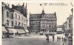 HALLE / STADHUIS EN GROTE MARKT / WINKEL VAN DELHAIZE - Halle