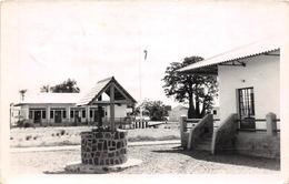 ¤¤  -  ANGOLA  -  Carte-Photo   -  Groupe De Maisons , Puit  -  ¤¤ - Angola