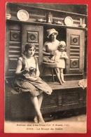Carte Postale - Bretagne - Autour Des Lits Clos - La Soupe Du Matin - Bretagne