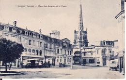 CPA 85 -- LUCON -- Place Des Accacias Et La Poste - Lucon
