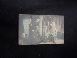 Arts . Dans L ' Atelier Du  Peintre .Avant 1903. Voir 2 Scans . - Unclassified