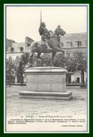 CPA Dinan Statue De Duguesclin  Non écrite TB - Dinan