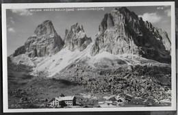 DOLOMITI - RIFUGIO PASSO SELLA - SASSOLUNGO - FORMATO PICCOLO - FOTO GHEDINA - NUOVA - Alpinisme