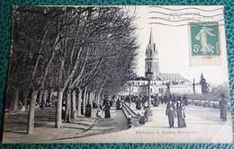 Cpa  - 34 - Montpellier - Un Coin De La Promenade Du Peyrou - (imprimé Illustré) - Montpellier