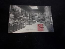 Arts . Troyes .Le Musée .Salle De  Peinture . Voir 2 Scans . - Arts