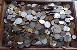 LOT PIECES DU MONDE 4.200KG A TRIER - Münzen & Banknoten