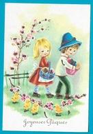 Paques Enfants Ramassant Oeufs  Poussins Carte Pailletée - Pâques