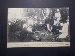 Carte Postale  - Sénégalais Et Algériens Blessés S'amusant Aux Loto (2585) - Altri