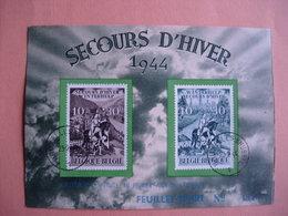 Belgique 639/40 Feuillet Souvenir D'art: Secours D'hiver - Lettres & Documents
